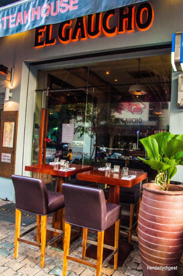 10 Places to Eat Out: Downtown, Saigon