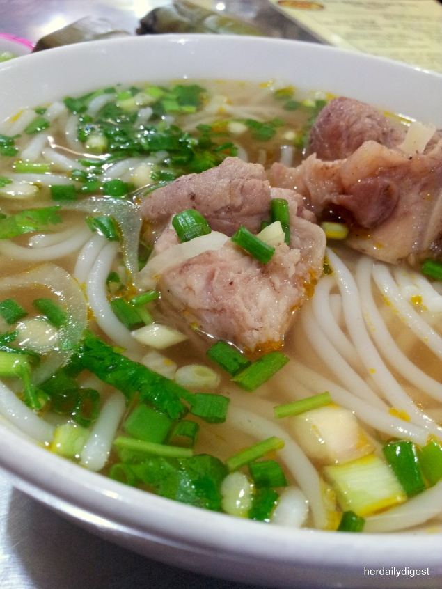 Where to find the BEST Bun Bo Hue in District 1, HCMC?