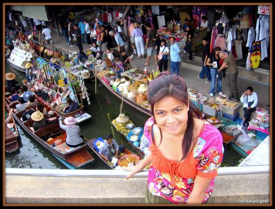 We did so many things in the city but just like they say ' Whatever happens in Bangkok, stays in Bangkok' ;-) But definitely, we went to the very famous floating market and that much I can tell ;-)